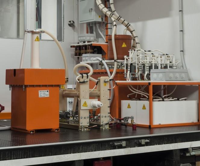 Высоковольтная лаборатория, испытание высоковольтного оборудования до 10 кВ